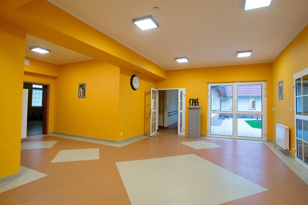 Dom Seniora korytarz