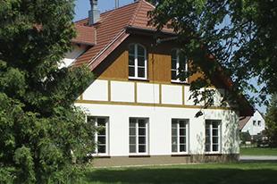 Dom Seniora z zewnątrz